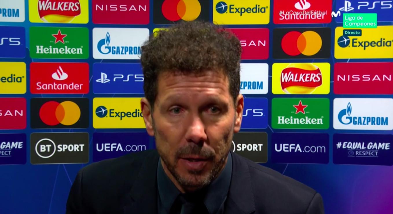 """Simeone, sobre el penalti: """"Lo toca levemente, pero el VAR considera que no es penalti… Los árbitros se puede equivocar, como nosotros"""""""